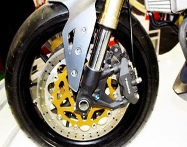 How to Check Disc Brake Caliper Conditions Motorcycles