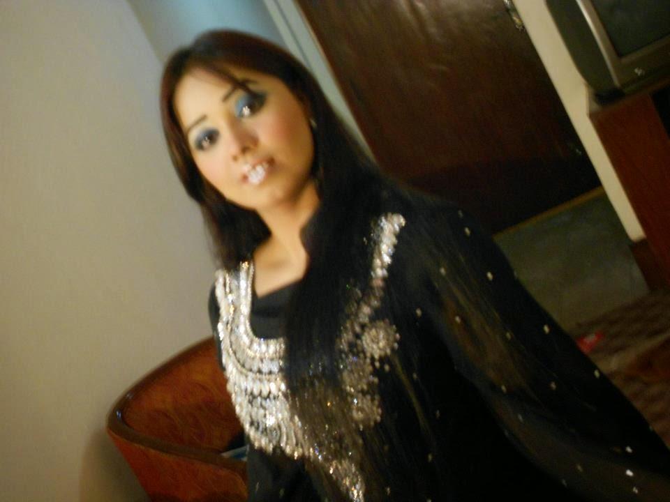 nanga dance pic in indian girl