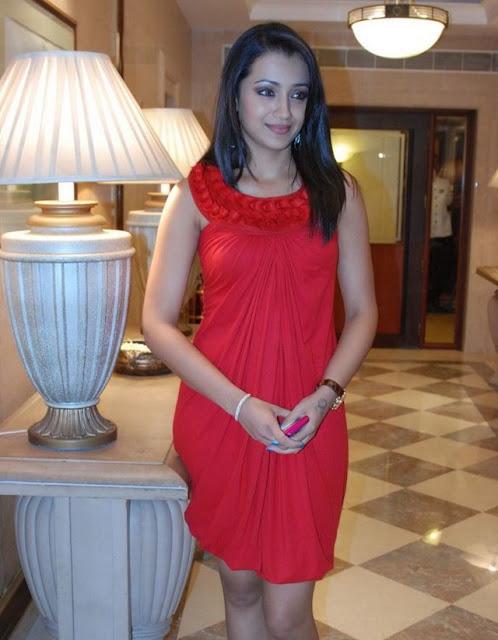 Trisha Krishnamurthy sexy bikini, Tamil Actress