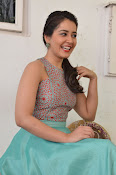 Rashi Khanna latest glam photo shoot-thumbnail-13
