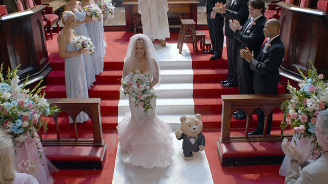 Review Seth Macfarlane S Ted 2 Starring Mark Wahlberg