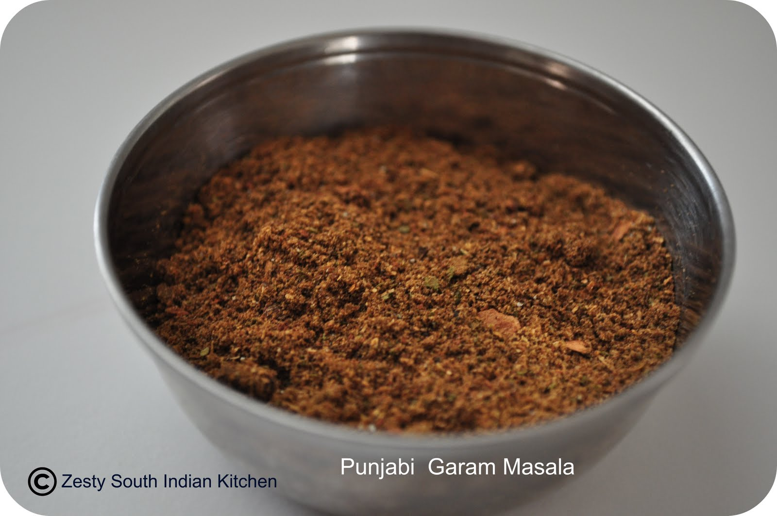 Garam masala indian spice blend zesty south indian kitchen garam masala indian spice blend forumfinder Images