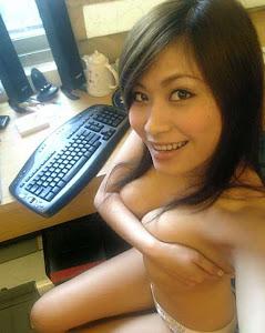 Singaporean Girlfriend 2