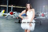 Foto Alexa Key di Majalah Popular World