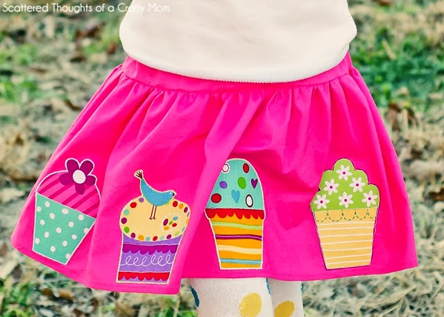 http://www.scatteredthoughtsofacraftymom.com/2014/01/how-to-sew-a-skirt-free-pattern-for-girls.html