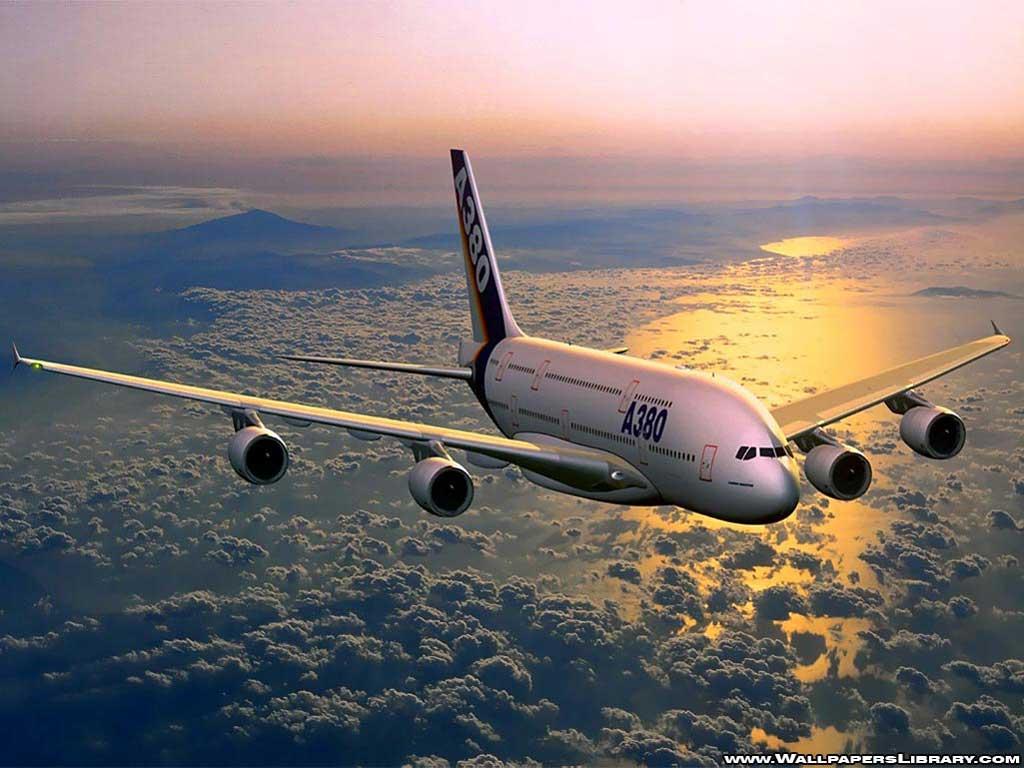 http://4.bp.blogspot.com/-zA4EbcL51ls/TbMA6RhWdOI/AAAAAAAAAXI/IbeClkrDqPg/s1600/airbus-a380-wallpaper.jpg