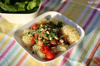 Pasta cá ngừ, cà chua 7