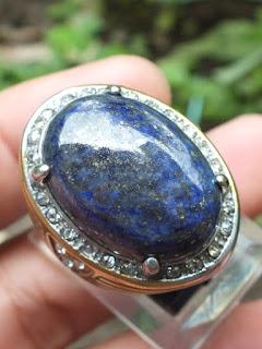 cincin batu lapis lazuli