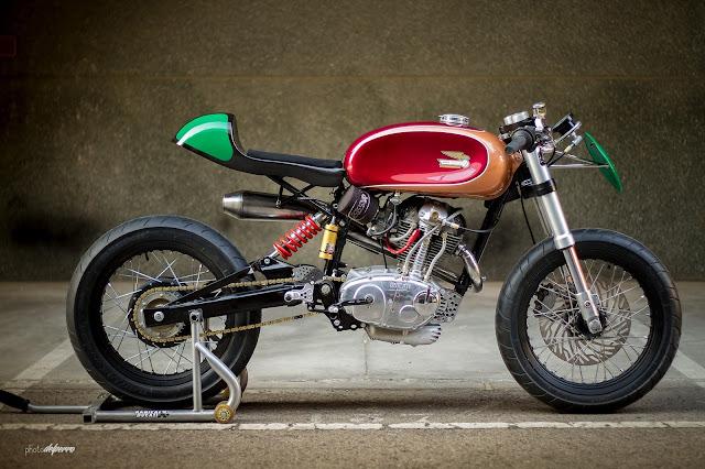 Kabiro Ducati.... RadicalDucati_F3_25+copy