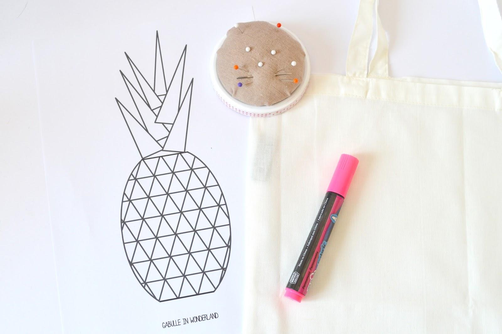 gabulle in wonderland tote bag ananas. Black Bedroom Furniture Sets. Home Design Ideas