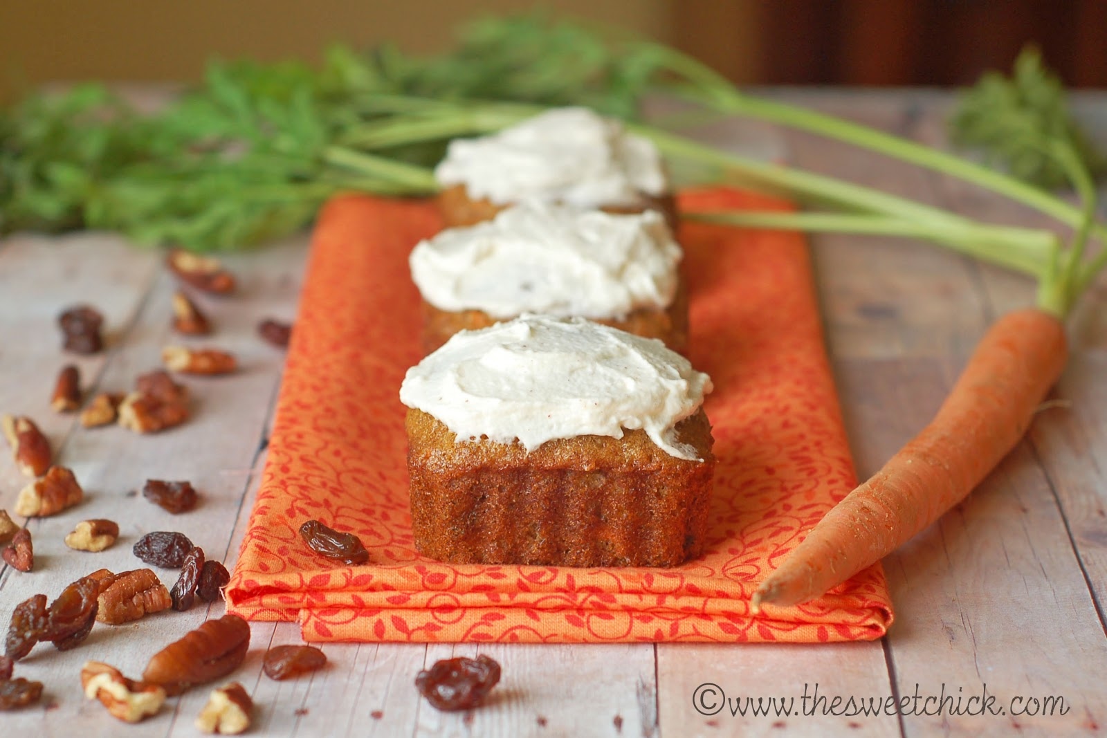 ... Chick: Carrot Cake Muffins with Cinnamon Maple Mascarpone Frosting