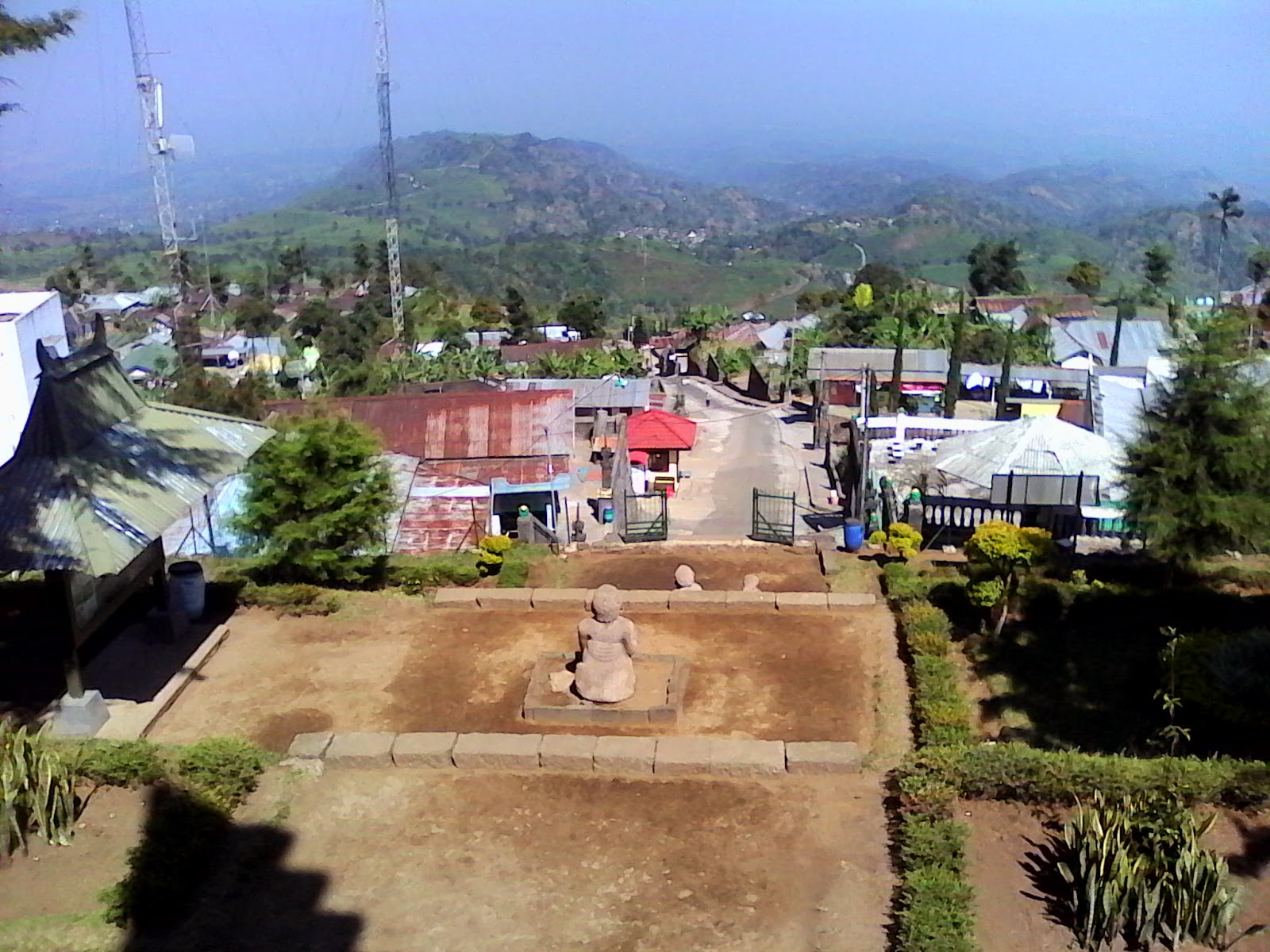 hindu temples in indonesia