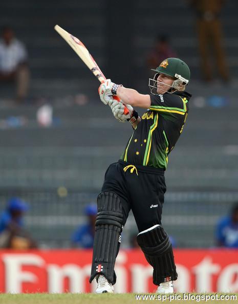 Australian Cricketer David Warner - 29.0KB