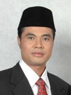 Foto Bupati Garut Aceng Fikri Skandal Nikah Kilat