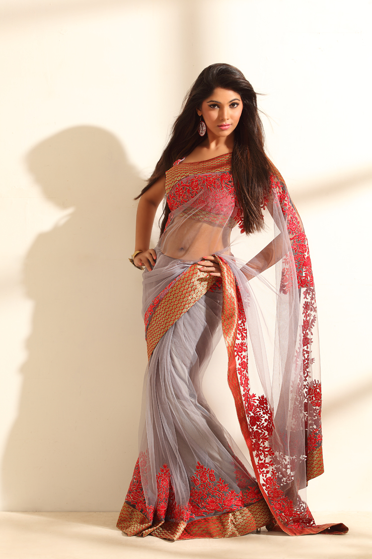 Gorgeous Muktha saree hot photo shoot