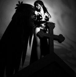 Ángel, demonio o, simplemente, humano