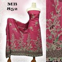 motif kain batik kembang merah