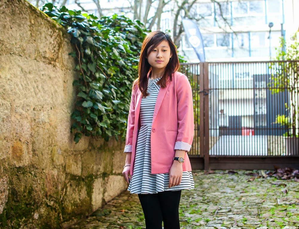OOTD Pink blazer and stripe dress