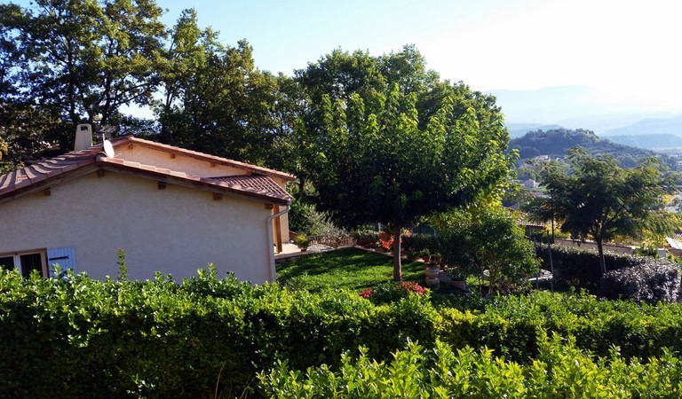 Vendu villa a peipin sisteron sud 04200 novembre 2015 for Jardin 04200