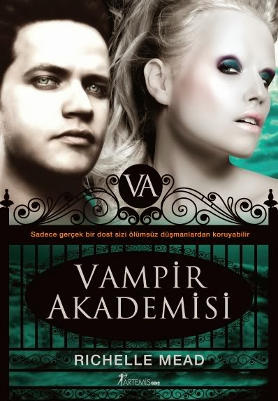 Vampir Akademisi Kapak
