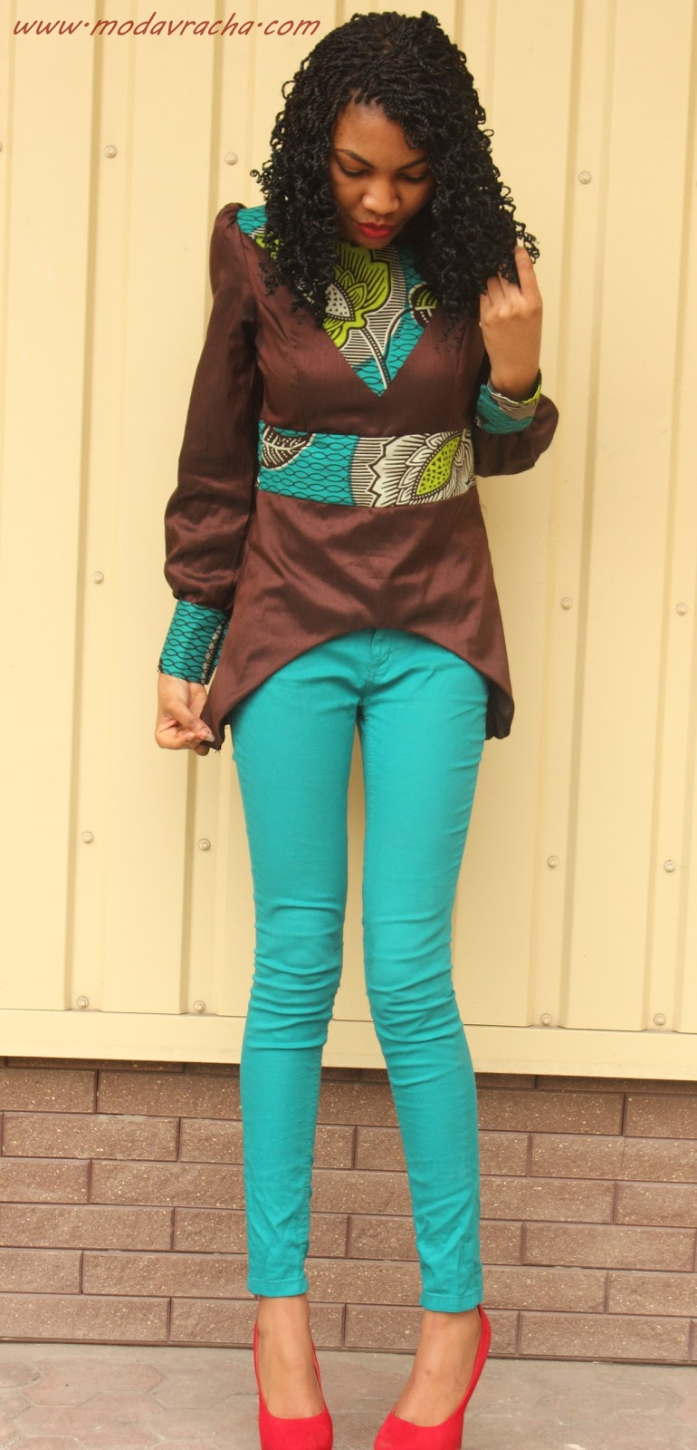 Nigerian fashion blogger modavracha in ankara long sleeves blouse
