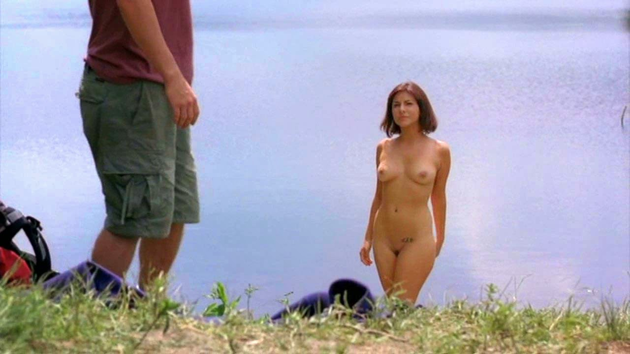 Brit actress Roxanne Pallett Topless in upcoming 'Wrong Turn 6'