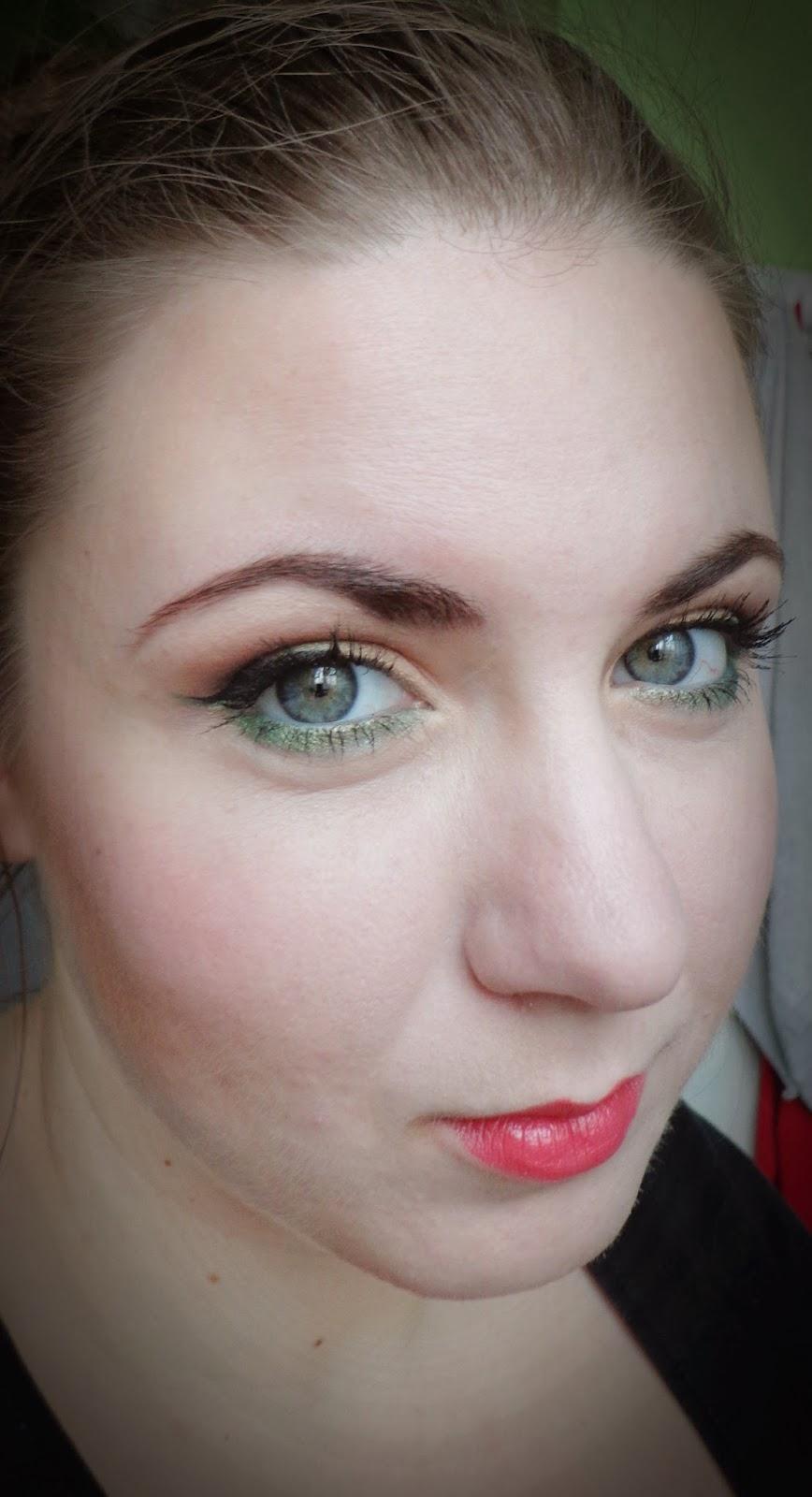 http://ka-em-makeup.blogspot.com/2014/02/makijaz-brazy-zielen.html#more