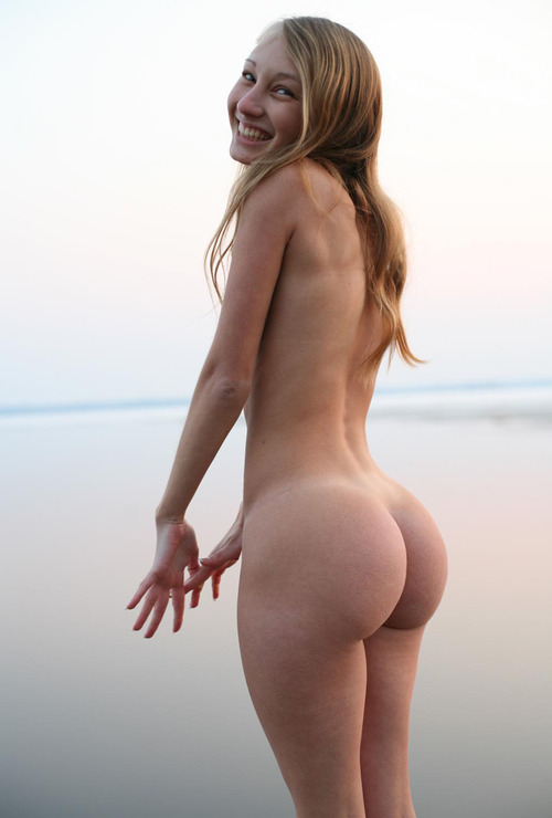 Naked Skinny Girls With Big Ass
