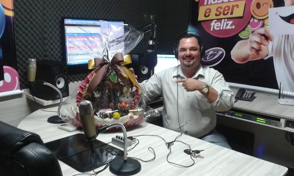 SINTONIZE RADIO T 88.9 CANTAGALO