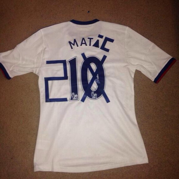 How to convert your Chelsea top from Mata to Matić