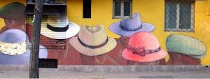 ¡Sombreros!