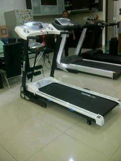 jual alat olahraga fitness treadmill elektrik BG 133M