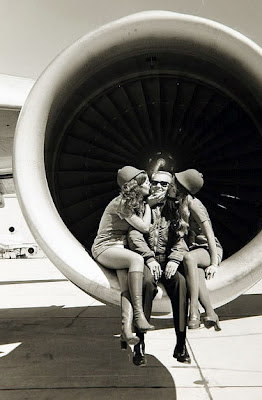 kissing stewardess