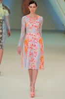 Дантелена рокля пачуърк Еrdem пролет-лято 2013