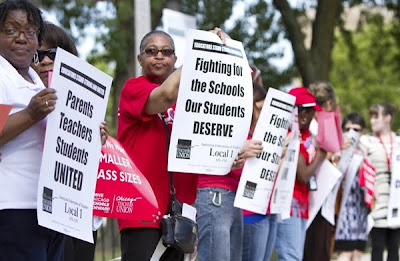 Chicago Teachers Union Protesting