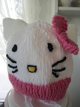 Hello Kitty - lue til Josefine