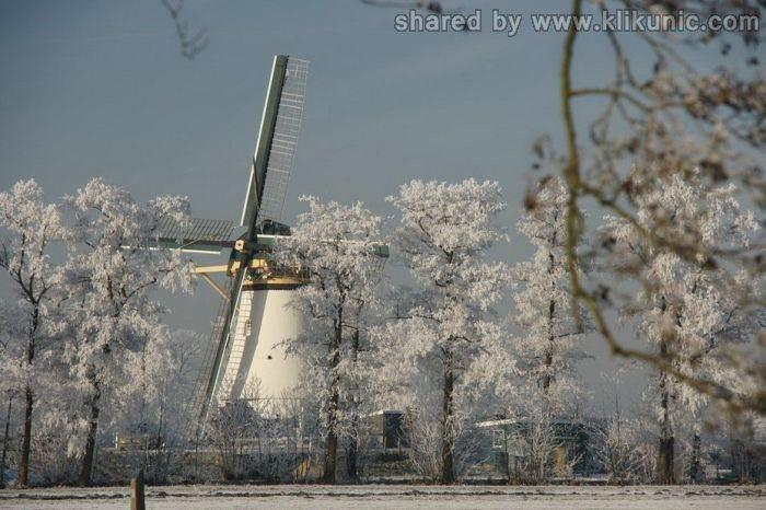 http://4.bp.blogspot.com/-zCOgYfq78vI/TXltmkjGMNI/AAAAAAAAQ0o/fJXc6zo3gw0/s1600/winter_49.jpg