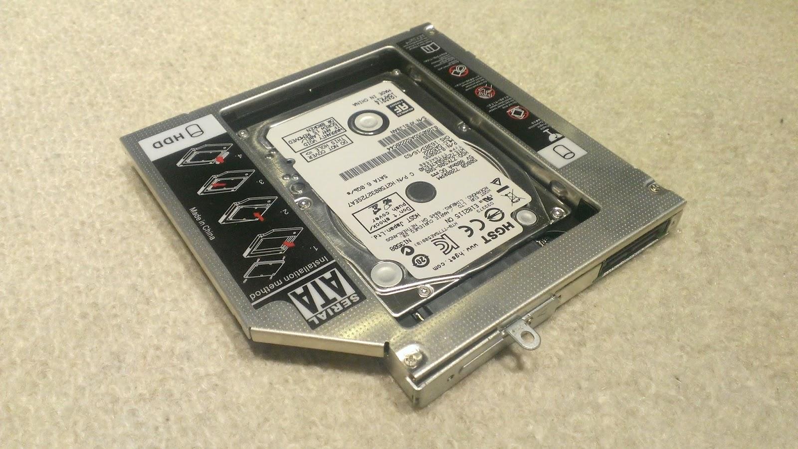 Festplatte im Second HDD Caddy  einbauen
