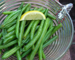 Green Beans with Lemon & Pine Nuts