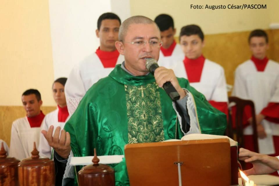 Pe. Wilson Alves de Oliveira