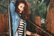 Anjalie Gupta Glamorous Portfolio-thumbnail-12