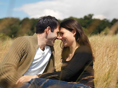 Rules Of love For A Happy Relationship - romantic couple