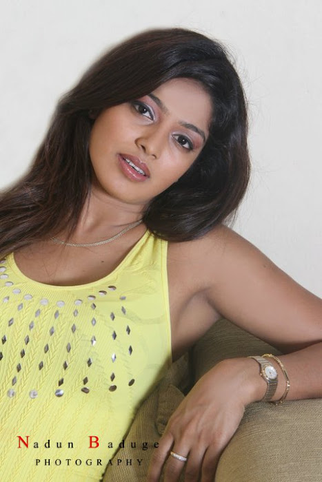 srilankan upcoming maleeka sirisenage photo gallery