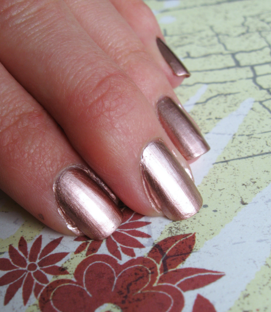 Life in vivid colors by Maria TwosRuse: The most metallic nail ...