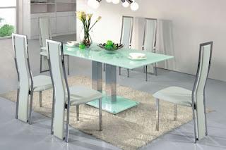 foto de mesa de vidro jateado