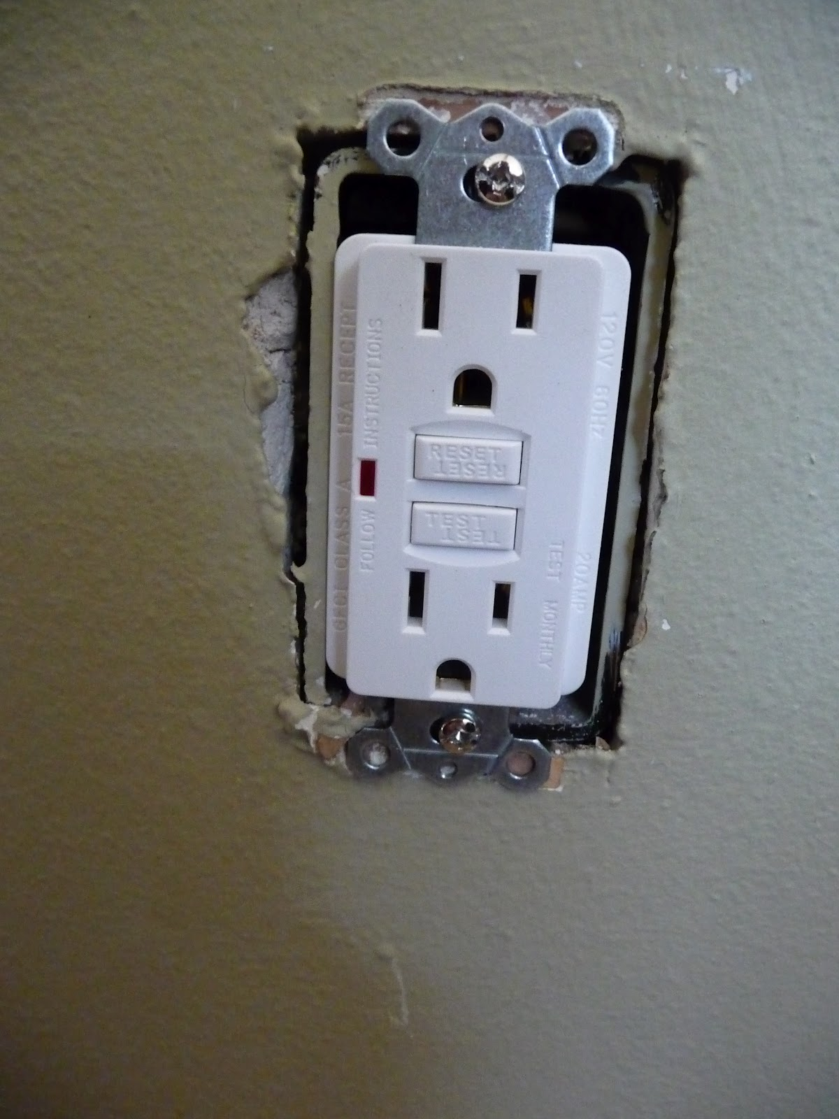 Electrical Outlets June 2017 Afci Breakers Safety Services Philadelphia Pa Diy Pictures