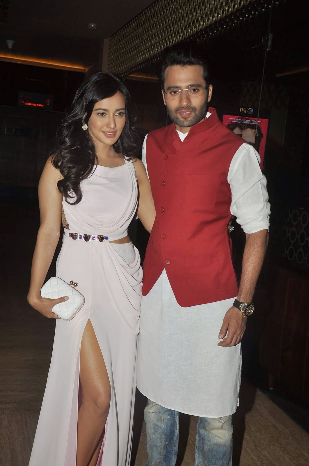 high quality bollywood celebrity pictures neha sharma looks super