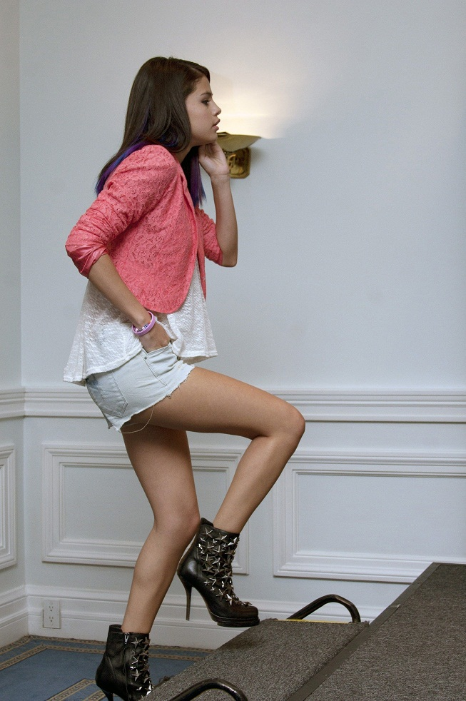 Selena Gomez's Jeffrey Campbell Star Studded Boots 03