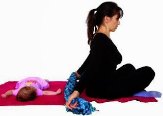 pectoralis, mięśnie piersiowe, ćwiczenia mamy, ćwiczenia po ciąży, ćwiczenia z dzieckiem, ćwiczenia z niemowlakiem, mums exercises, afrer pregnancy exercises, postpartum exercises, exercises with your child, exercises with a baby, fitness, trening, training