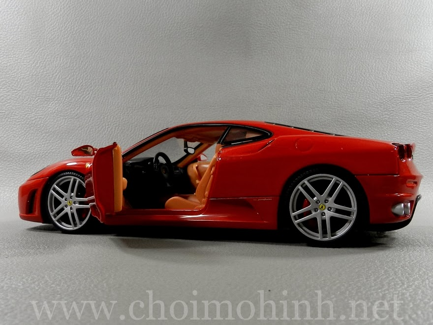 Ferrari F430 RED 1:18 Hot Wheels door